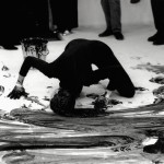 Janine Antoni. Performance, Loving Care, tint de cabell Natural Black DVD, 37.06 minuts