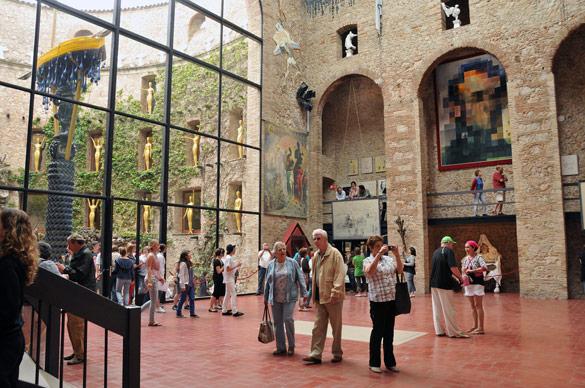 Imatges cortesia Fundació Gala-Salvador Dalí, Figueres, 2013
