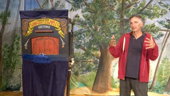 Fig. 3: Michael Romanyshyn, integrant de la companyia de teatre polític Bread&Puppet a Temple (Maine)