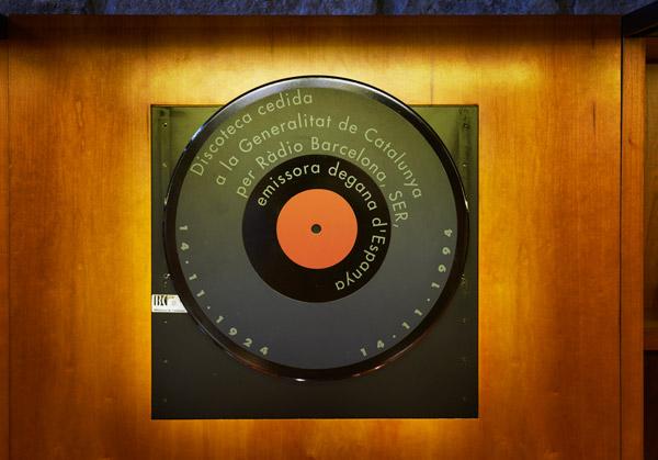 Disc commemoratiu de Ràdio Barcelona