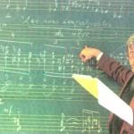 A l'Escola Reina Sofía, analitzant un dels Preludis d'Olivier Messiaen ©Carles Guinovart